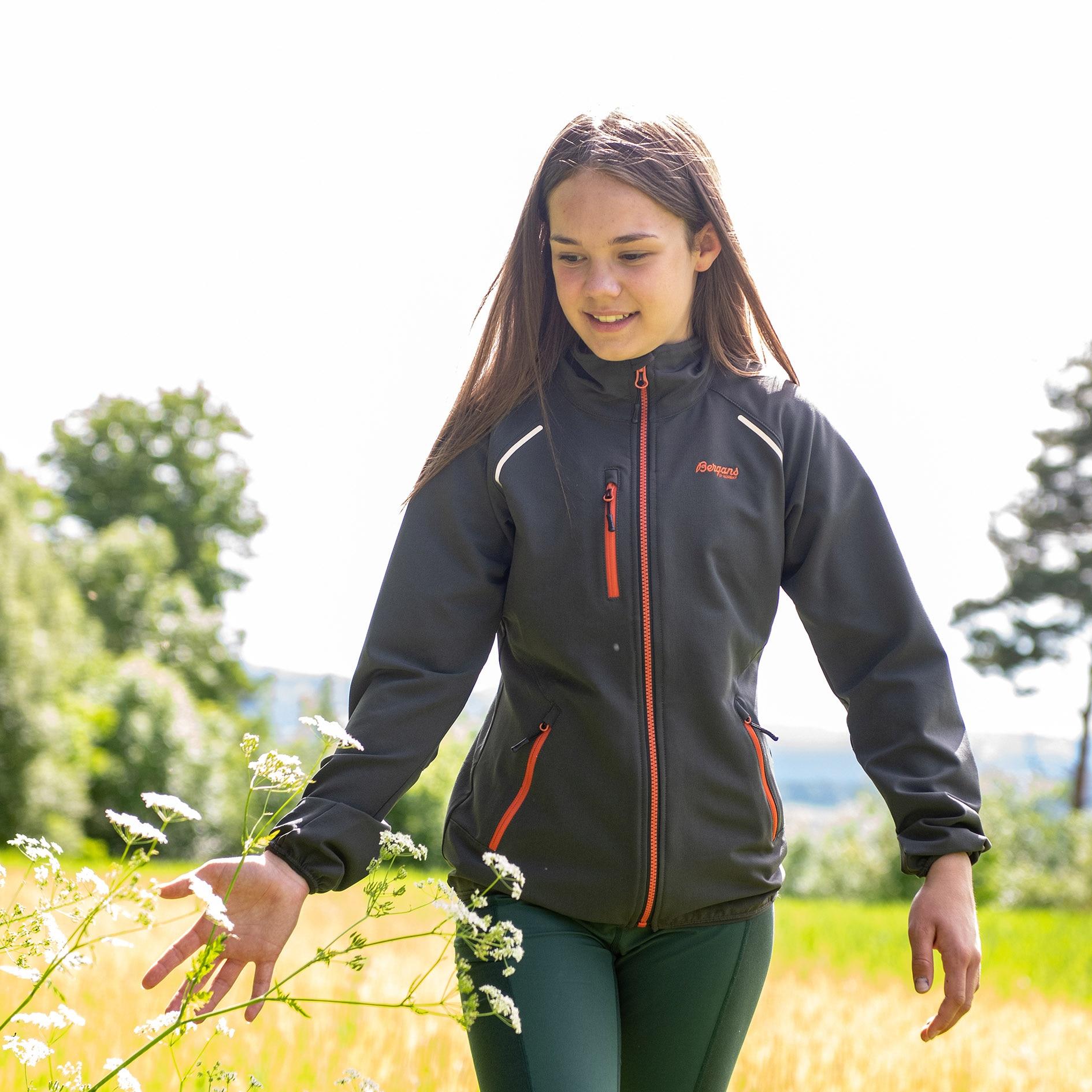 Sjoa Light Softshell Youth Girl Jacket